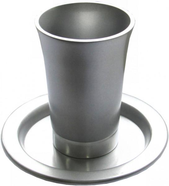 Kiddusch Becher aus silber eloxiertem Metall 11cm